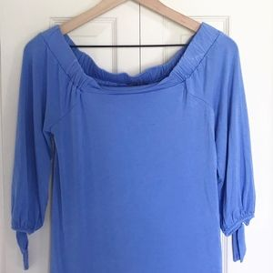 Off-the-Shoulder Top Small